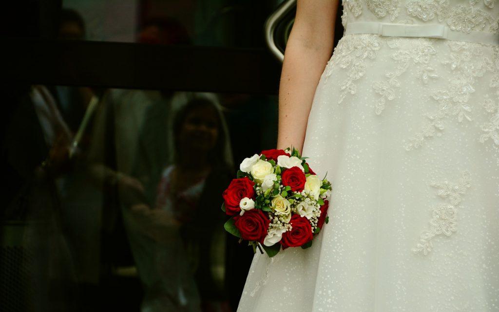 ramo de novia con rosas